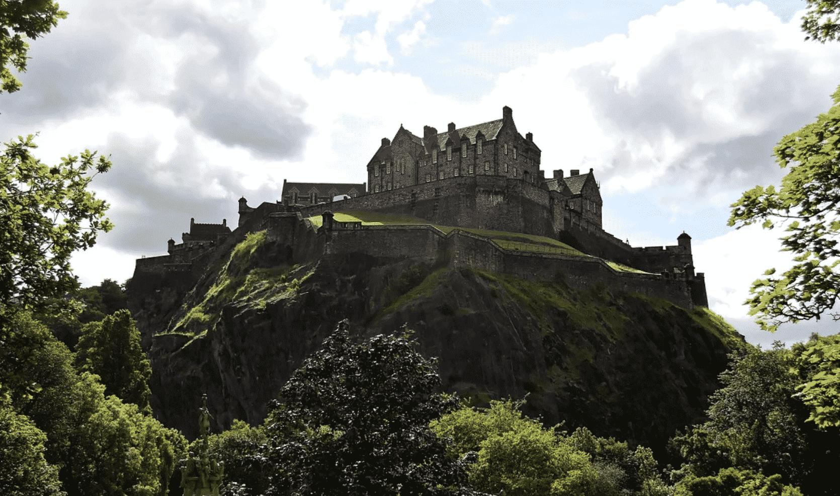 edinburgh castle - micro businesses in scotland