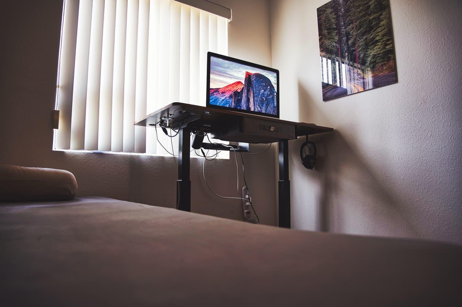 sit stand height adjustable desk